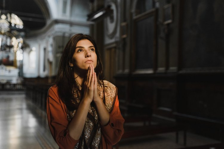 Conheça 6 Orações Para Aumentar as Vendas e Atrair Clientes!